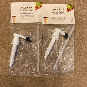 Two brand new Le Sirop de MONIN syrup pumps